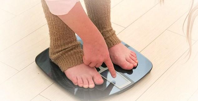 Смотрим как уходят лишние кг / Весы и правила взвешивания
