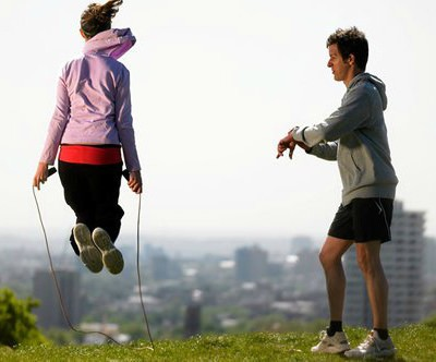 Регулярные прыжки со скакалкой