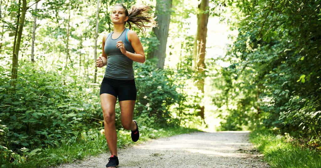 Пробежка легкая физическая нагрузка летом